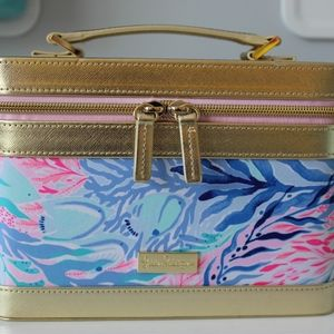 NWOT Lilly Pulitzer Train / Makeup Case